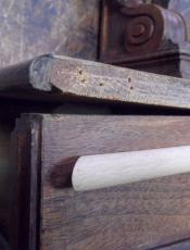 Реставрация антикварного трюмо