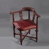 Реставрация антикварного угловового кресла