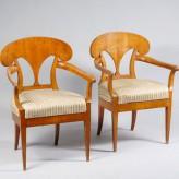 Правила ухода за антикварной мебелью