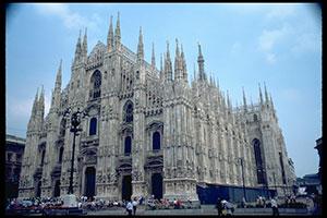 Миланский собор в стиле готика