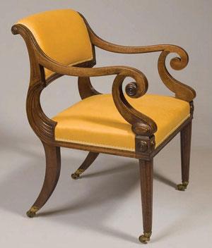 антикварное кресло 19 века