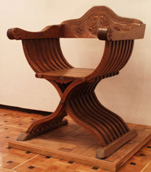 О проблеме распознавания подделок русской мебели