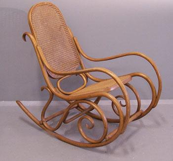 Кресло-качалка Тонет